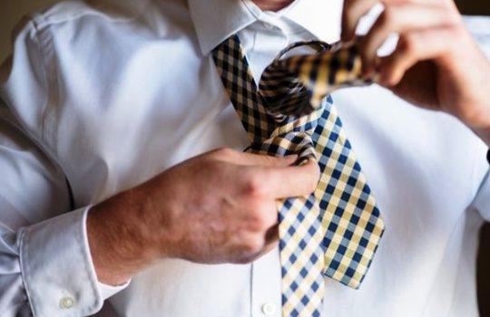 Tips Mudah Memilih Dasi